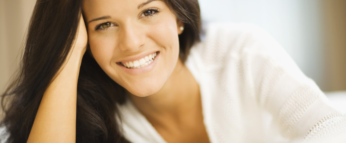 How to Get Straight Teeth Without Braces
